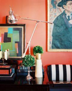Intera parete nel soggiorno - Living Coral